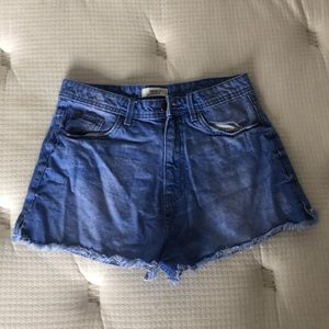 ✅Women FOREVER 21 Jeans Shorts Size 28